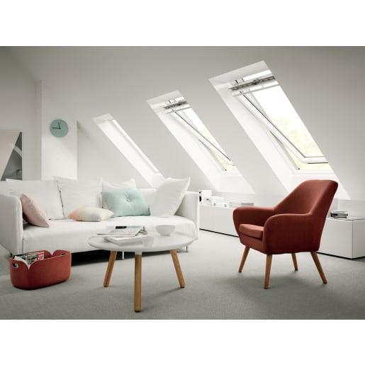 VELUX GGL SK06 2070 White Painted Centre Pivot Roof Window 114 x 118cm