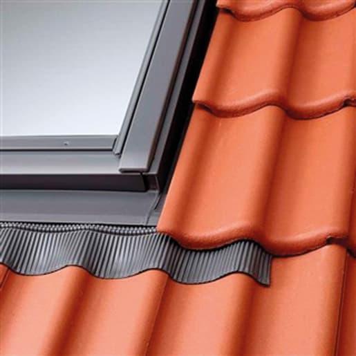 VELUX EDW UK08 0000 Single Flashing for Tile 134 x 140cm